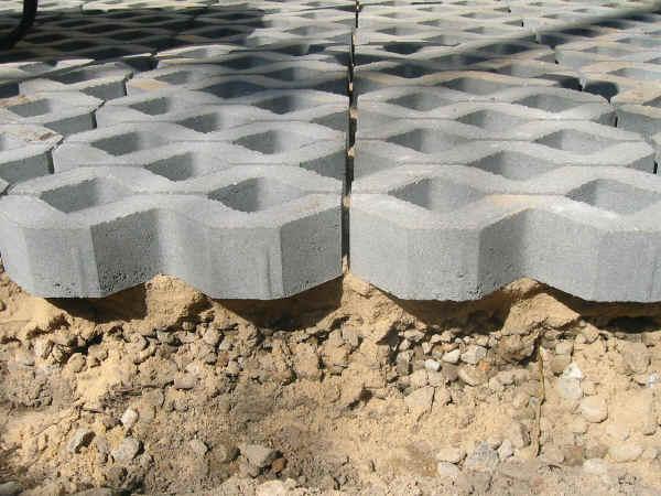 rasengittersteine kunststoff gebraucht rasengittersteine gebraucht bezugsquellen und preise. Black Bedroom Furniture Sets. Home Design Ideas